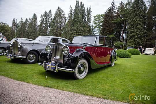 Front/Side  of Rolls-Royce Silver Wraith 4.3 Manual, 137ps, 1951 at Rolls-Royce och Bentley, Norrviken Båstad 2019