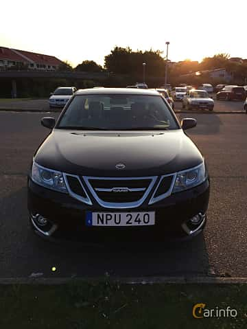 Front  of Saab 9-3 Aero Sedan 2.0 Manual, 220ps, 2014