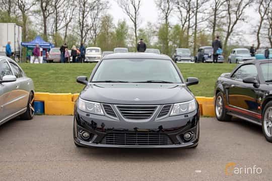Front  of Saab 9-3 SportCombi 2008 at Lucys motorfest 2019