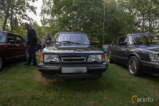Front  of Saab 900 3-door 2.0 Manual, 145ps, 1990 at Billesholms Veteranbilsträff 2019 augusti