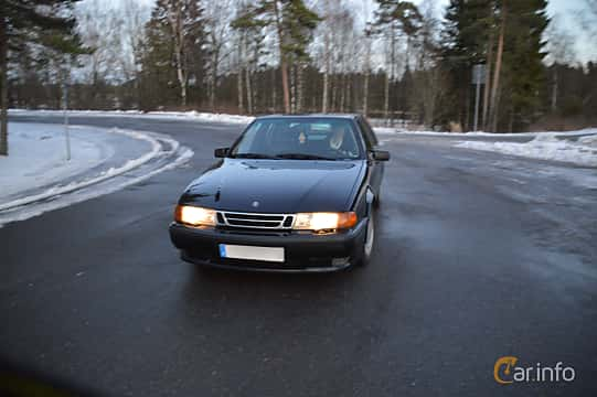 Fram av Saab 9000 CS 2.0 Turbo Manual, 150ps, 1998