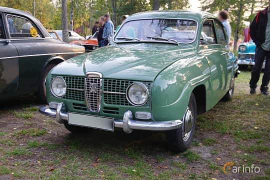 Front/Side  of Saab 96 0.8 Manual, 40ps, 1965 at Onsdagsträffar på Gammlia Umeå 2019 vecka 35