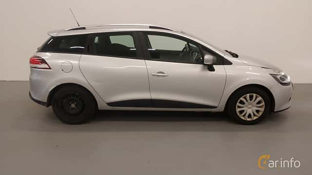 Side  of Renault Clio Grandtour 1.5 dCi Manual, 90ps, 2015