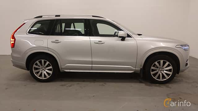 Side  of Volvo XC90 D4 Geartronic, 190ps, 2018