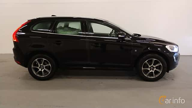 Side  of Volvo XC60 D4 Manual, 190ps, 2016