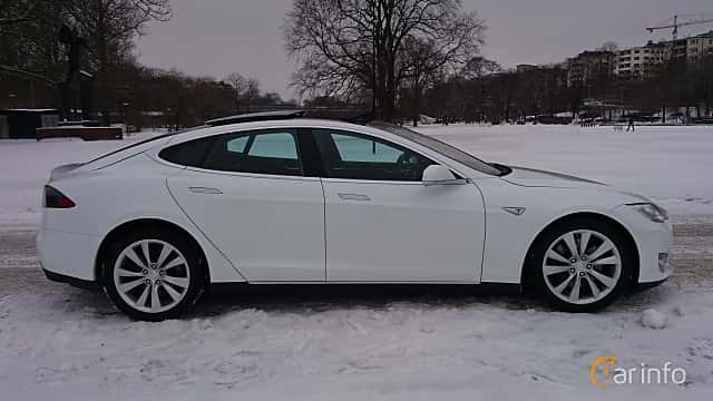 Side  of Tesla Model S 85D 85 kWh AWD Single Speed, 423ps, 2016