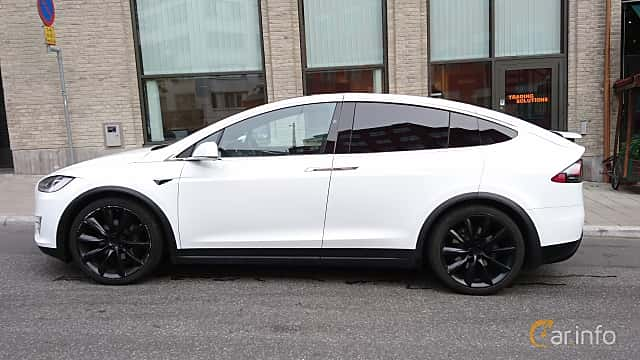 Side  of Tesla Model X 90D 90 kWh AWD Single Speed, 423ps, 2016