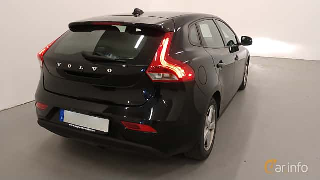 Side  of Volvo V40 1.6 D2 Manual, 115ps, 2014