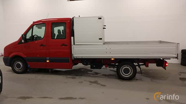 Side  of Volkswagen Crafter Chassi Double Cab 2.5 TDI Manual, 109ps, 2009