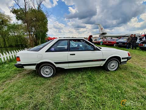 Side  of Subaru Leone Coupé 1.8 4WD Automatic, 98ps, 1986 at Old Car Land no.1 2019