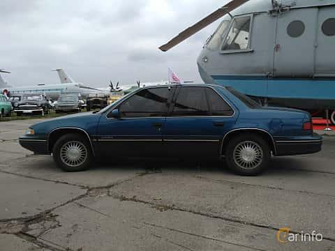 Side  of Chevrolet Lumina 3.1 V6 Automatic, 137ps, 1990 at Old Car Land no.2 2017