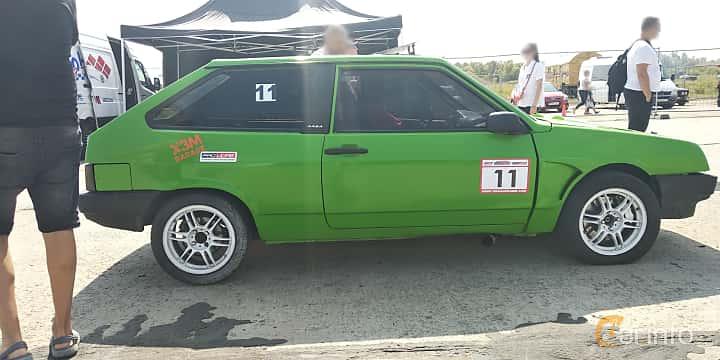 Side  of Lada Samara 3-door 1996 at Proudrs Drag racing Poltava 2019