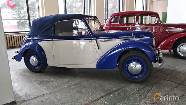Sida av Skoda Popular 1100 OHV Convertible 1.1 Manual, 30ps, 1939 på Old Car Land no.2 2018