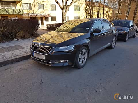 Front/Side  of Skoda Superb 1.8 TSI Manual, 180ps, 2016