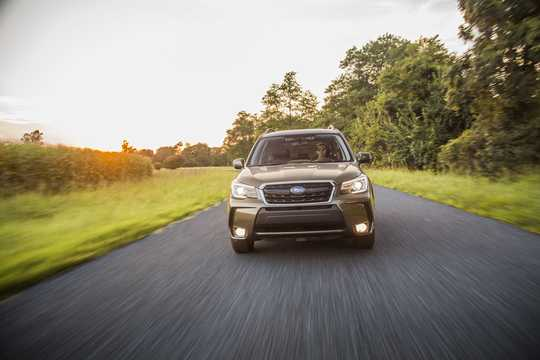 Front  of Subaru Forester 2.0 4WD Lineartronic, 241hp, 2017