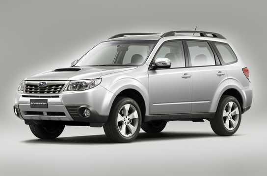 Fram/Sida av Subaru Forester 2011
