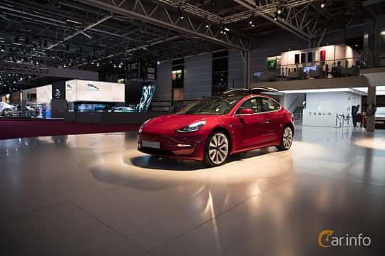 Fram/Sida av Tesla Model 3 Performance 75 kWh AWD Single Speed, 487ps, 2018 på Paris Motor Show 2018