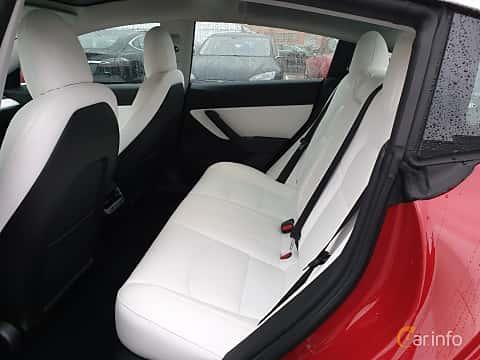 Interior of Tesla Model 3 Performance 75 kWh Single Speed, 462ps, 2019