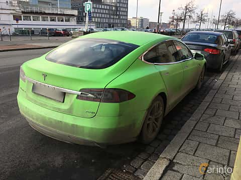 Back/Side of Tesla Model S 70D 70 kWh AWD Single Speed, 333ps, 2015