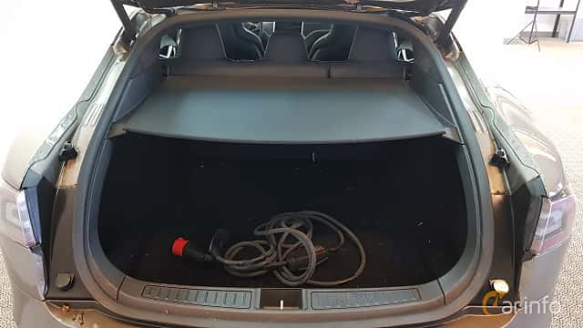 Interiör av Tesla Model S 90D 90 kWh AWD Single Speed, 423ps, 2016