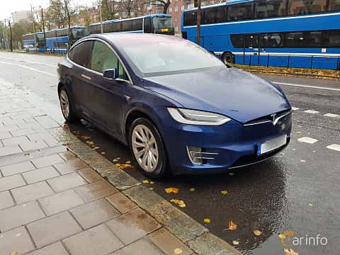 Front/Side  of Tesla Model X 90D 90 kWh AWD Single Speed, 423ps, 2017
