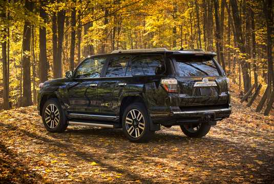 Back/Side of Toyota 4Runner 4.0 V6 Automatic, 270hp, 2014
