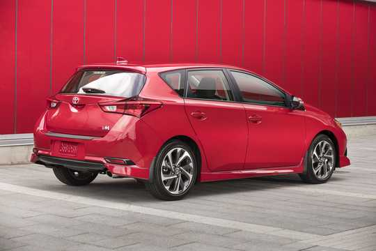 Back/Side of Toyota Corolla iM 1.8 CVT, 137hp, 2017