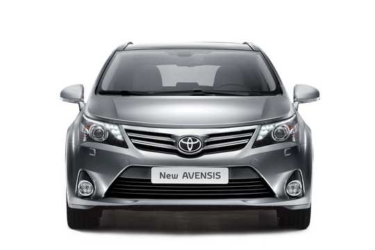 Front  of Toyota Avensis Combi 2012