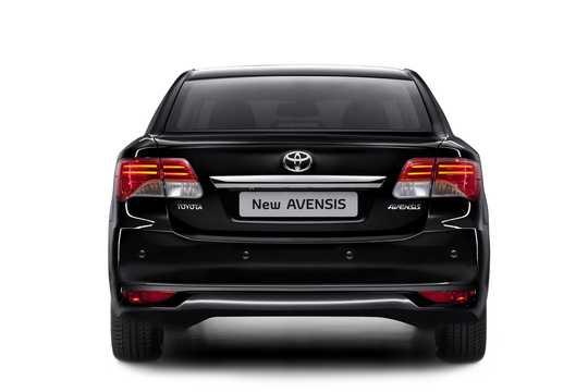 Bak av Toyota Avensis Sedan 2012