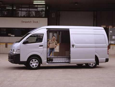 Side  of Toyota HiAce 4-door 2005
