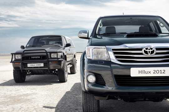 Front  of Toyota Hilux Double Cab 2012