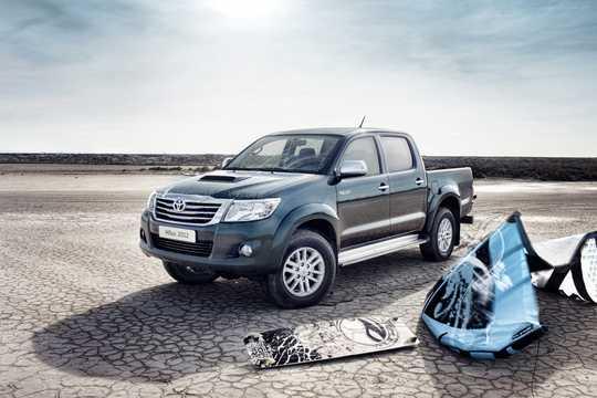 Fram/Sida av Toyota Hilux Double Cab 2012