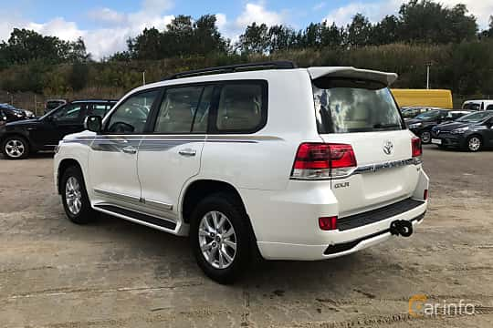 Back/Side of Toyota Land Cruiser 4.5 V8 D-4D 4WD Automatic, 272ps, 2017