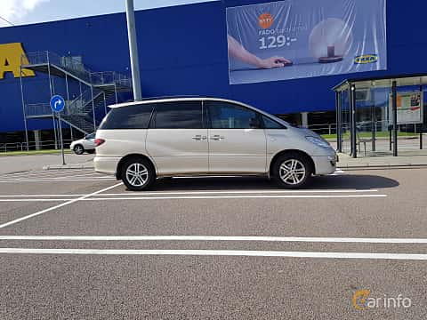 Side  of Toyota Previa 2.4 Automatic, 156ps, 2004