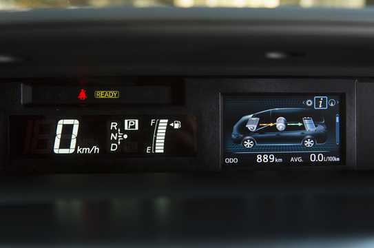 Interior of Toyota Prius+ Hybrid 1.8 VVT-i Hybrid CVT, 123hp, 2016
