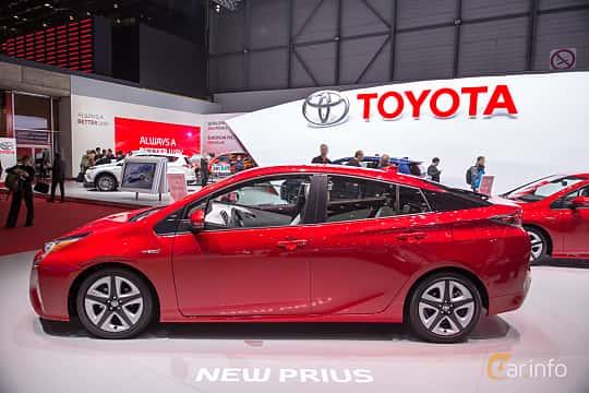 Brilliant Toyota Prius Hybrid 18 VVTi CVT 123hp 2016