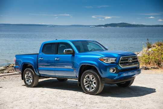 Front/Side  of Toyota Tacoma Crew Cab 2018
