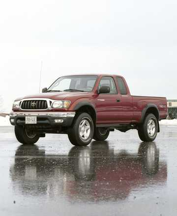 Front/Side  of Toyota Tacoma Extended Cab 2001