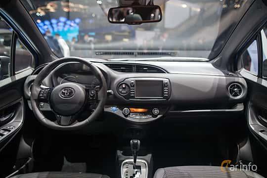 Toyota yaris for Interior toyota yaris