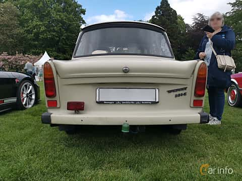 Back of Trabant 601 Limousine 0.6 Manual, 26ps, 1987 at Sofiero Classic 2019