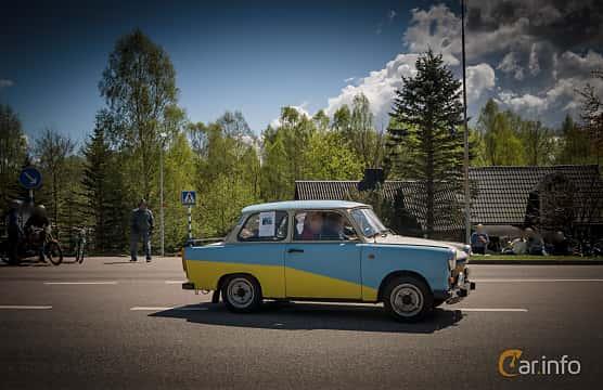 Side  of Trabant 601 Limousine 0.6 Manual, 26ps, 1987 at Riksettanrallyt 2015