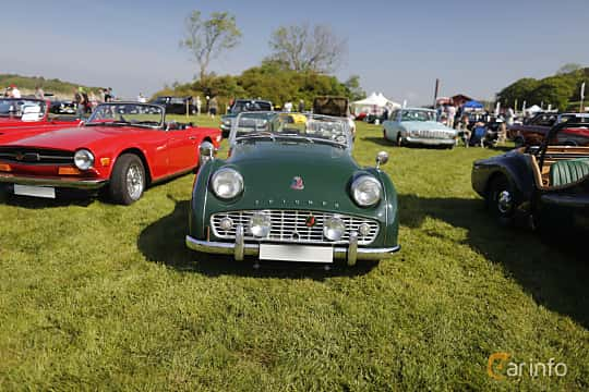 Front  of Triumph TR3 2.0 Manual, 97ps, 1956 at Tjolöholm Classic Motor 2018