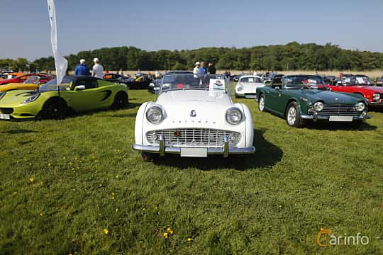 Front  of Triumph TR3 2.0 Manual, 106ps, 1962 at Tjolöholm Classic Motor 2018