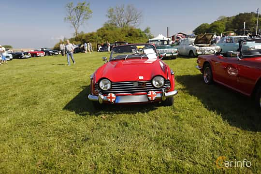 Front  of Triumph TR5 2.5 Manual, 150ps, 1968 at Tjolöholm Classic Motor 2018