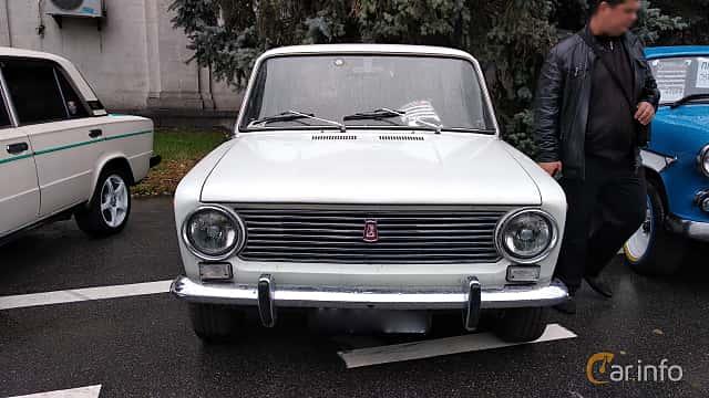 Front  of VAZ VAZ-21013 1.2 Manual, 63ps, 1978 at Old Car Land no.2 2018