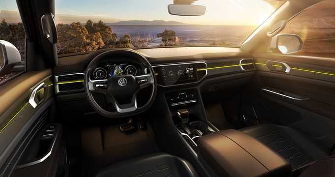 Interior of Volkswagen Atlas Tanoak Pickup Truck 3.6 VR6 FSI 4Motion Automatic, 284hp, 2018