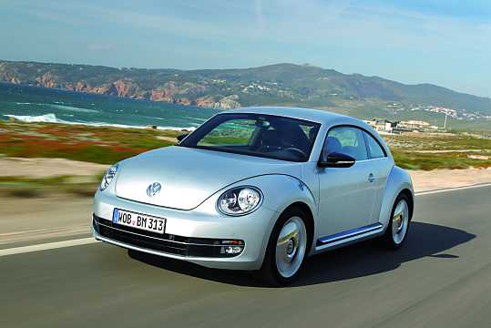 Front/Side  of Volkswagen The Beetle 2012