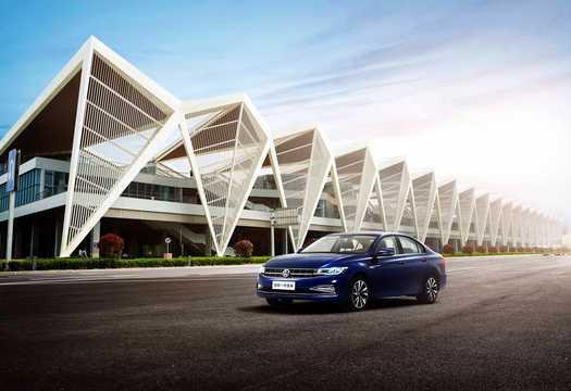 Fram/Sida av Volkswagen Bora 1.4 TSI DSG Sekventiell, 150hk, 2018