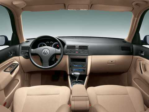 Interior of Volkswagen Bora 1st Generation
