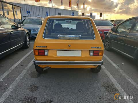 Bak av Volkswagen Golf 3-door 1.5 Manual, 70ps, 1975